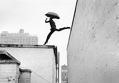 Rodney Smith | REED LEAPING OVER ROOFTOP, NY 2007